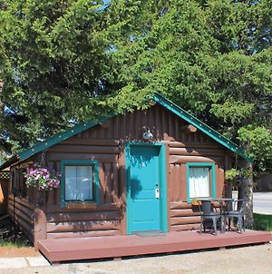 Moose Creek Cabins photos Exterior