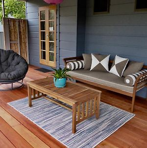 Kookaburra Beach Cottage On Tallow photos Exterior