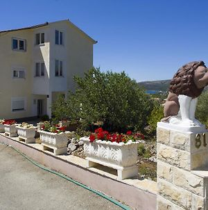 Apartments With A Parking Space Seget Vranjica Trogir 12612 photos Exterior
