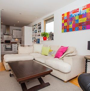 Lovely 1 Bed Apartment In Fantastic Location photos Exterior