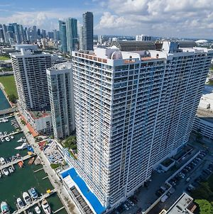 Downtown Miami 3555 Monthly Rentals Luxury 2Br Waterfront Condo Free Valet Parking photos Exterior