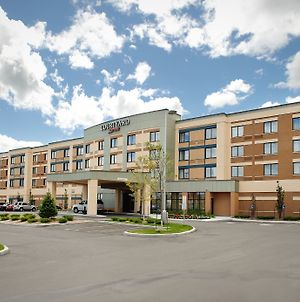 Courtyard By Marriott Kingston Highway 401/Division Street photos Exterior