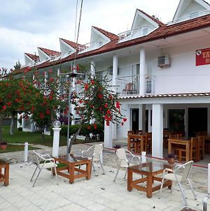 Yavuz Hotel photos Exterior