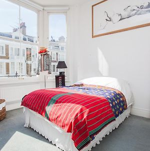 Beautiful And Light Chelsea 1-Bed Apartment photos Exterior