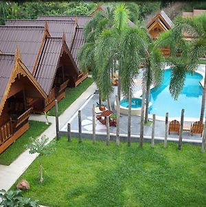 Srisawat Resort photos Exterior