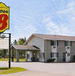 Super 8 By Wyndham Iron Mountain photos Exterior