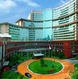 Jin Jiang Pine City Hotel photos Exterior