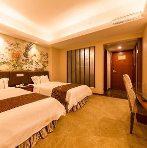 Zhuhai Jinguan Holiday Hotel photos Exterior