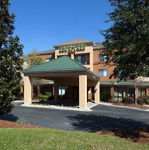 Courtyard By Marriott Valdosta photos Exterior