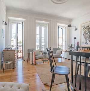 An Eclectic Lisbon Apartment photos Exterior