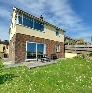 Comfortable Holiday Home In Newgale With Tv photos Exterior