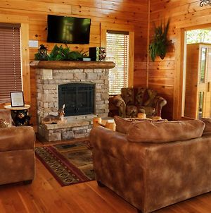 Dream On High One Bedroom Cabin photos Exterior