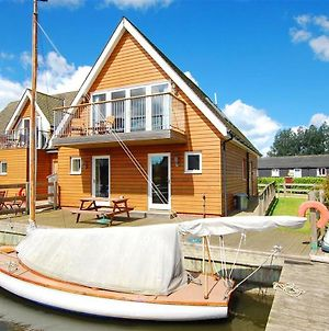 Peaceful Holiday Home In Horning With Docking Space photos Exterior