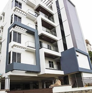 Skyla Serviced Apartments - Lotus Pond photos Exterior