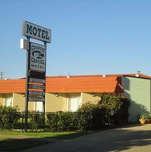 Country Capital Motel photos Exterior