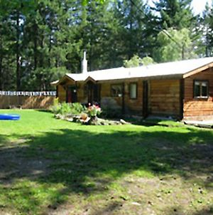 Riverside Adventures Vacation Rentals photos Exterior