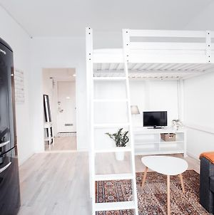Scandinavian Studio Apartment photos Exterior