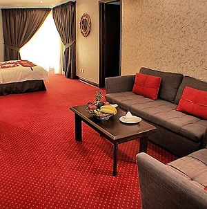 Carlton Tower Hotel Kuwait photos Room