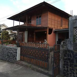 Wooden House Lembang photos Exterior