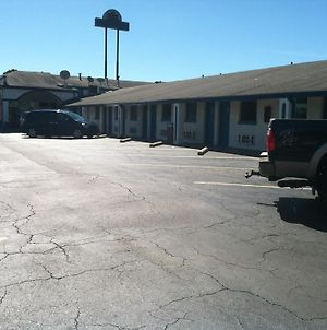 Motel 6 Calera photos Exterior