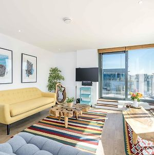 Stylish Apt For 2 In Tottenham With Stunning View photos Exterior