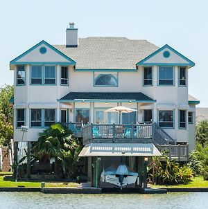 Canalfront Galveston Home photos Exterior