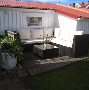 Accommodation For 2 In The Center City Of Lysekil photos Exterior