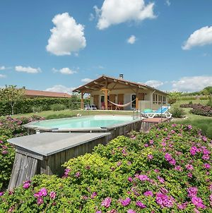 Cozy Holiday Home In Sadillac With Private Pool photos Exterior