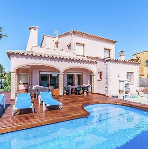 Luxurious Villa St Pere Pescador With Swimming Pool photos Exterior