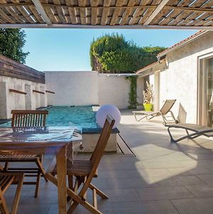 Cozy Holiday Home In Villedaigne With Swimming Pool photos Room