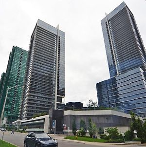 Royal Stays Furnished Apartments - Yonge/Sheppard photos Exterior