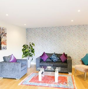 Central Cambridge Penthouse With Balcony & 5 Mins Walk To City Centre & Colleges photos Exterior