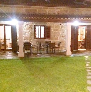 House With 4 Bedrooms In Cambados Pontevedra With Wonderful Sea View Enclosed Garden And Wifi photos Exterior