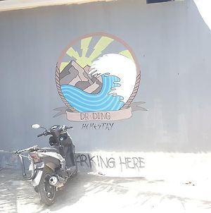 The Dr Ding Surf Homestay photos Exterior