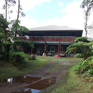 Aloha Crater Lodge And Lava Tube Tours photos Exterior