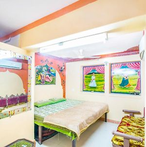 Shyam Palace Paying Guest House photos Exterior