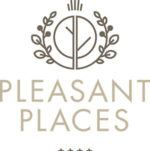 Pleasant Places Guest House photos Exterior