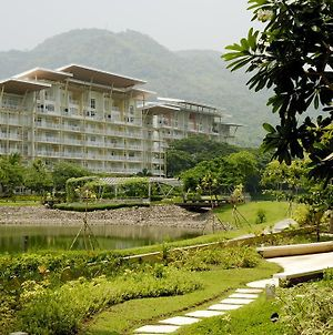 Pico De Loro Vacation Homes photos Exterior
