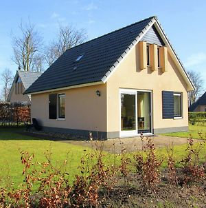 Pleasant Holiday Home In Gaasterlan-Sleat With Parasol photos Exterior