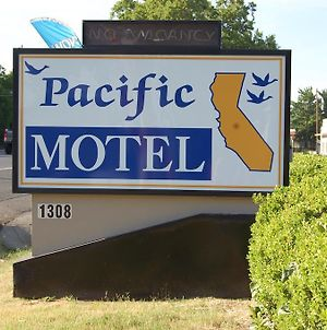Pacific Motel photos Exterior