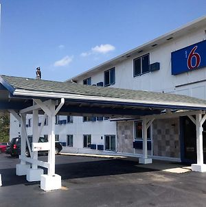 Motel 6 Troy Mo photos Exterior