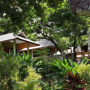 Khao Sok Jungle Huts Resort photos Exterior