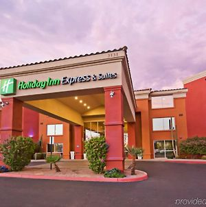Holiday Inn Express Hotel & Suites Scottsdale - Old Town, An Ihg Hotel photos Exterior