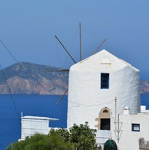 Milos Vaos Windmill photos Exterior
