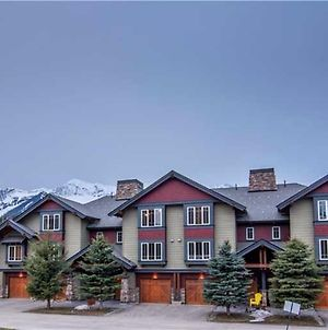 Pinnacle Ridge Condos By Fernie Central Reservations photos Exterior