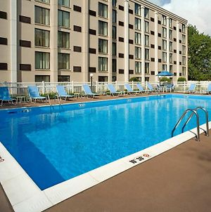 Doubletree By Hilton Pittsburgh - Meadow Lands photos Exterior