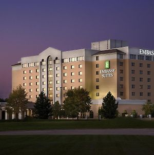Embassy Suites Kansas City International Airport photos Exterior