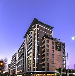 Meriton Serviced Apartments - Parramatta photos Exterior