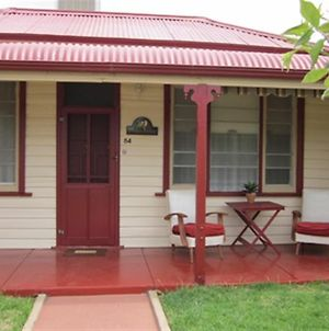 Broken Hill Short Stays Cottage At Willyama photos Exterior