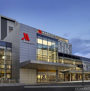 Calgary Airport Marriott In-Terminal Hotel photos Exterior